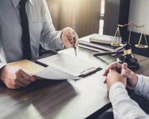 بهترین وکیل تنظیم قرارداد های حقوقی