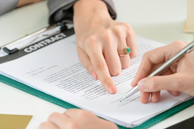 تنظیم قرارداد توسط وکیل